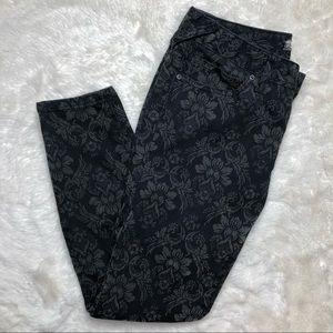 Free People Skinny Jeans Black & Grey Floral Sz 27